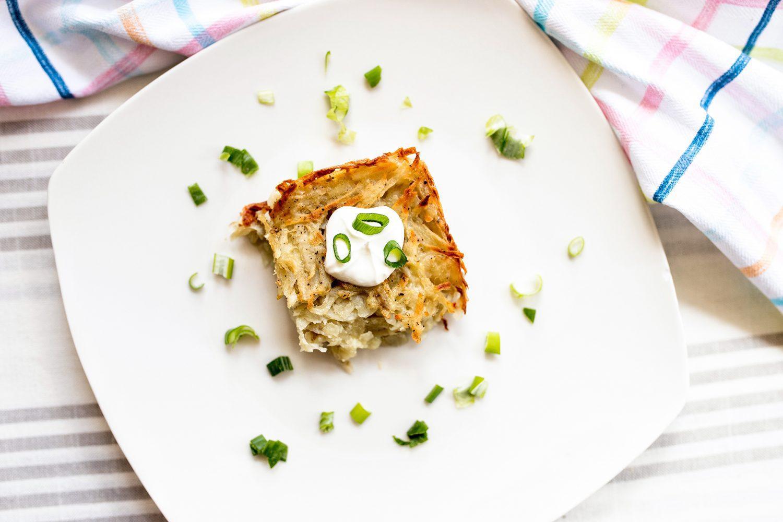 potato kugel, potato kugel recipe, passover, passover recipe, kugel recipe, kugel, family recipe, hash brown, potato side dish, potato side dishes, recipe, 2019, mom blog, mom blogger, mommy blog, mommy blogger, family blog, parenting blog, the super mom life, thesupermomlife, parenting blogger, family blogger, food blogger