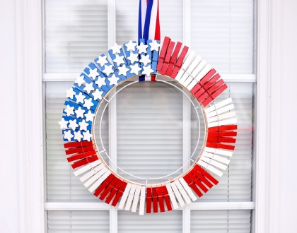 Easy and Fun American Flag Wreath Tutorial