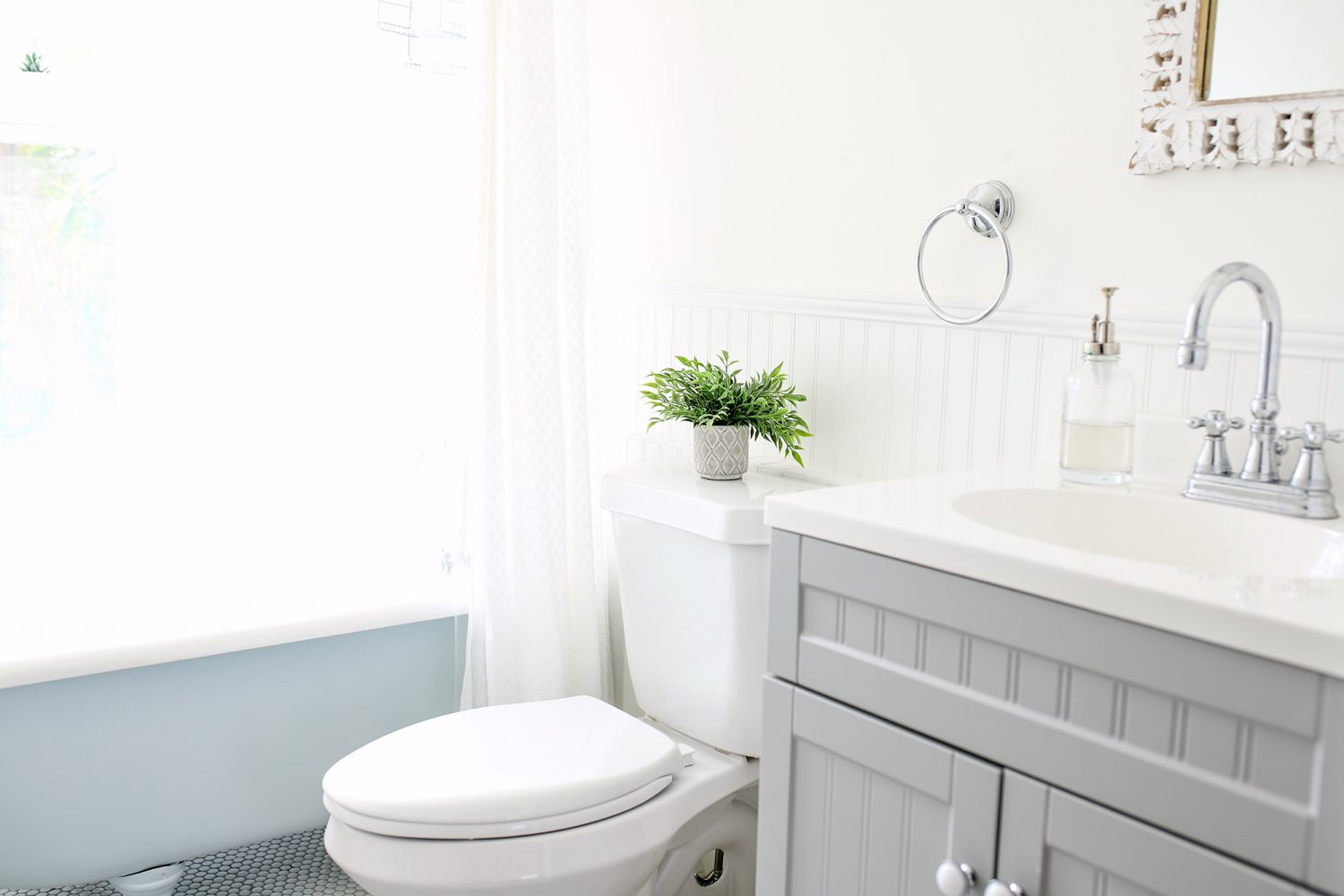 Beautiful white and gray bathroom in an AirBnB