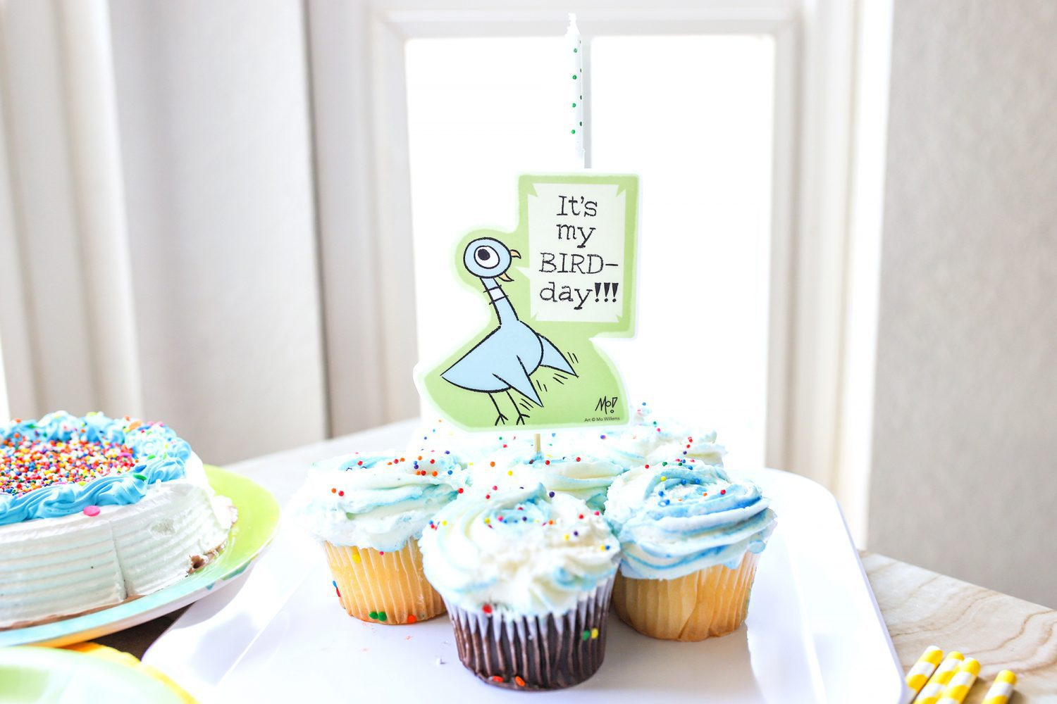 mo willems pigeon it's my bird-day candle holder on cupcakes