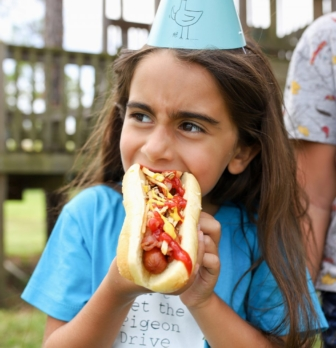 How to Create the Ultimate Kids Hot Dog Bar