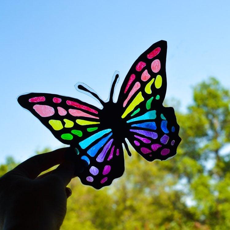 black glue sun catcher summer craft idea for kids