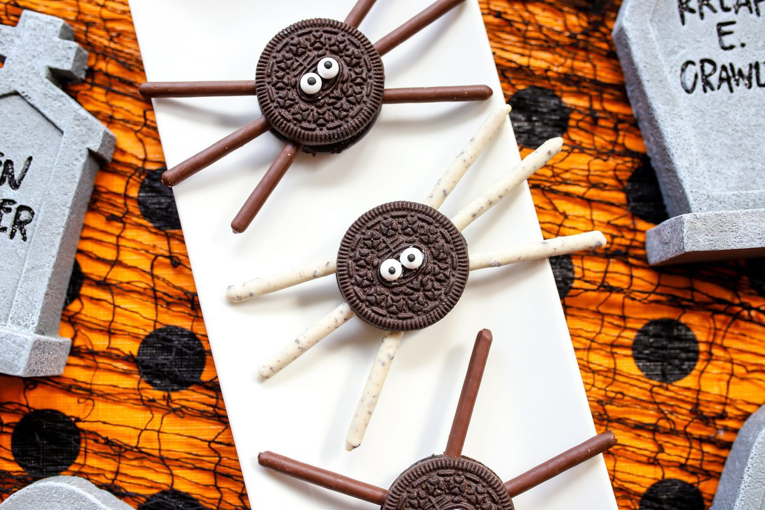 a spider made with oreo cookies and pocky