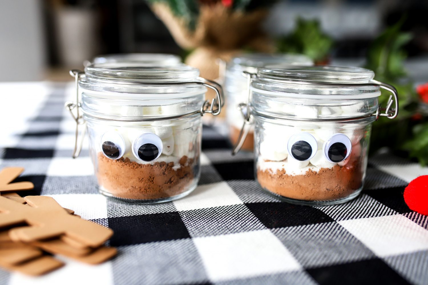 hot cocoa jars with googly eyes