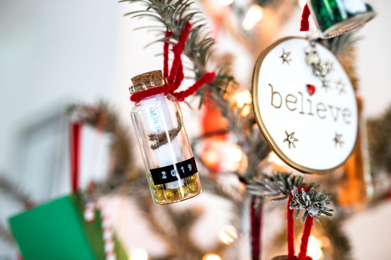 time capsule ornament diy