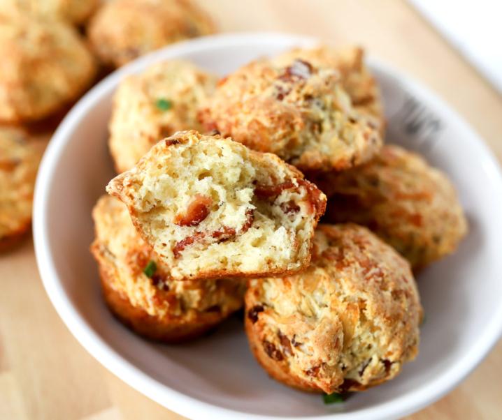 Cheesy Bacon Irish Soda Bread Muffins [VIDEO]