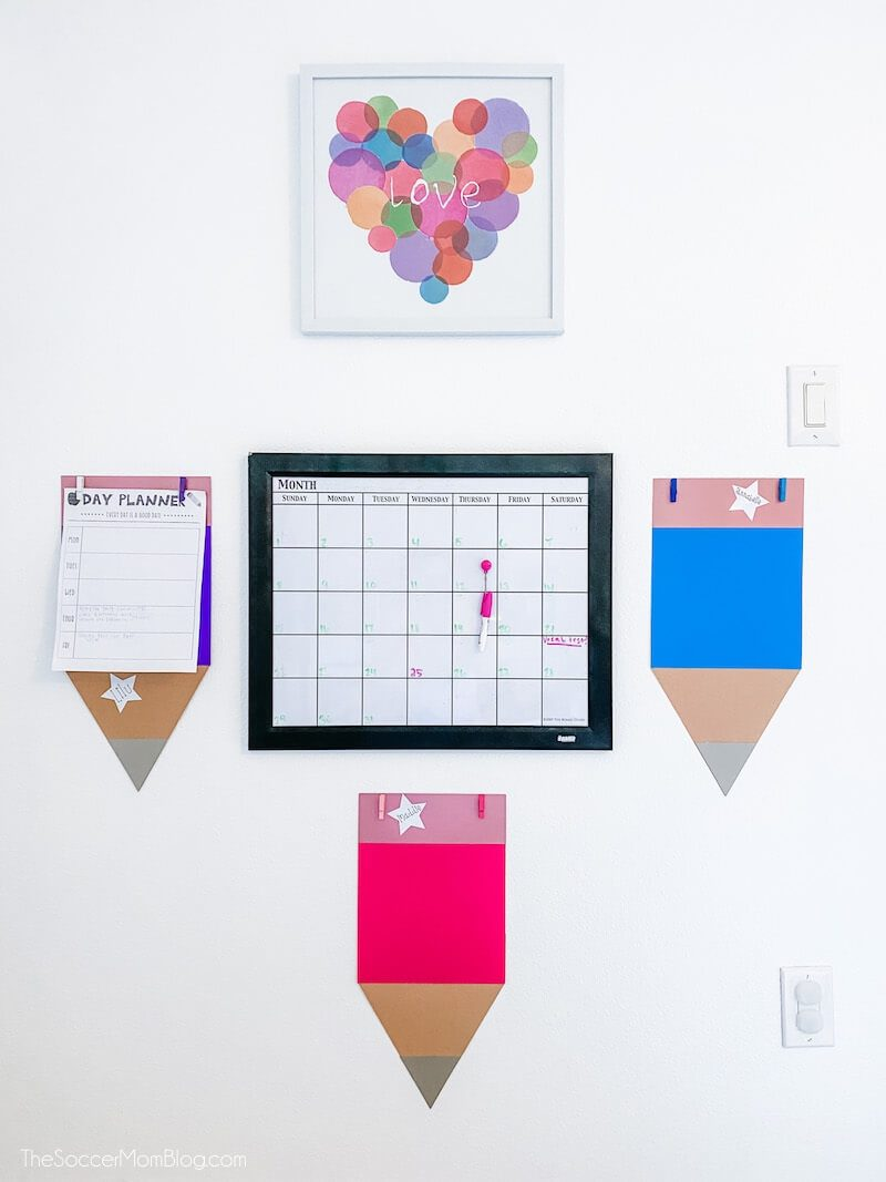 One thing I'm super excited about is creating a beautiful space for the girls to do their school work during the day. Loving these homeschool room decor ideas from The Soccer Mom Blog!