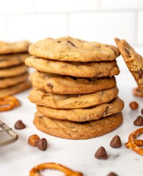 Panera's Kitchen Sink Cookie Copycat Recipe