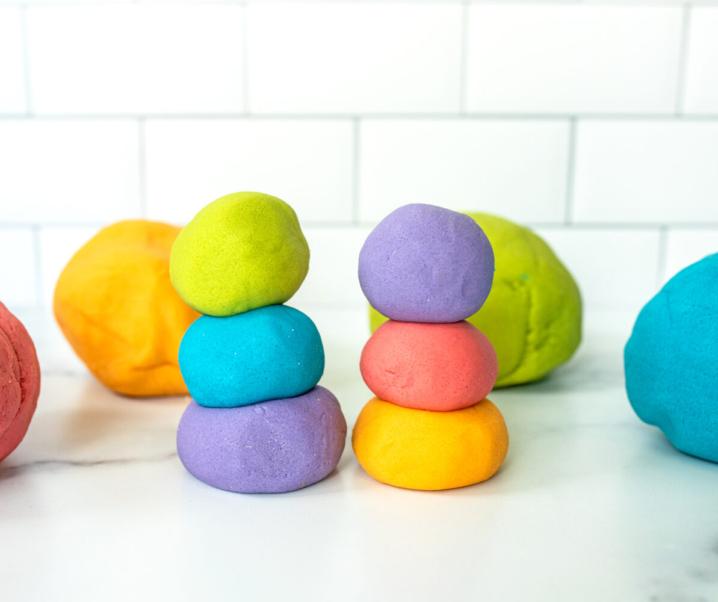 Easy Way to Make Homemade Play Dough