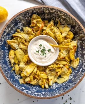 Air Fryer Artichoke Hearts with Garlic Aioli