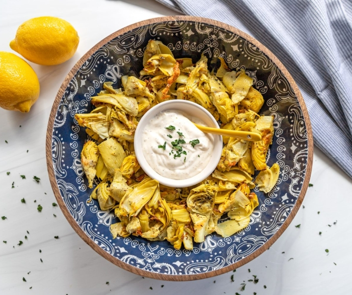 Air Fryer Artichoke Hearts with Garlic Aioli