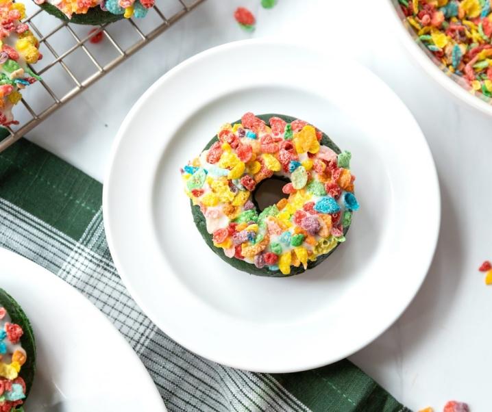 Baked Green Velvet Donuts