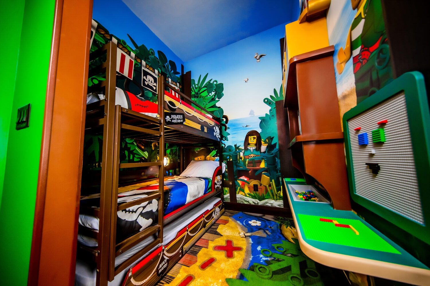 child side of a room at LEGOLAND Pirate Island Hotel