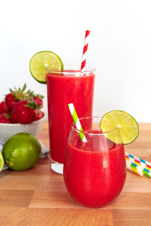 two glasses with non-alcoholic strawberry daiquiri