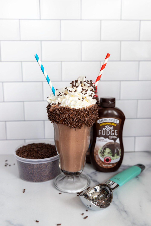 the best chocolate milkshake ever