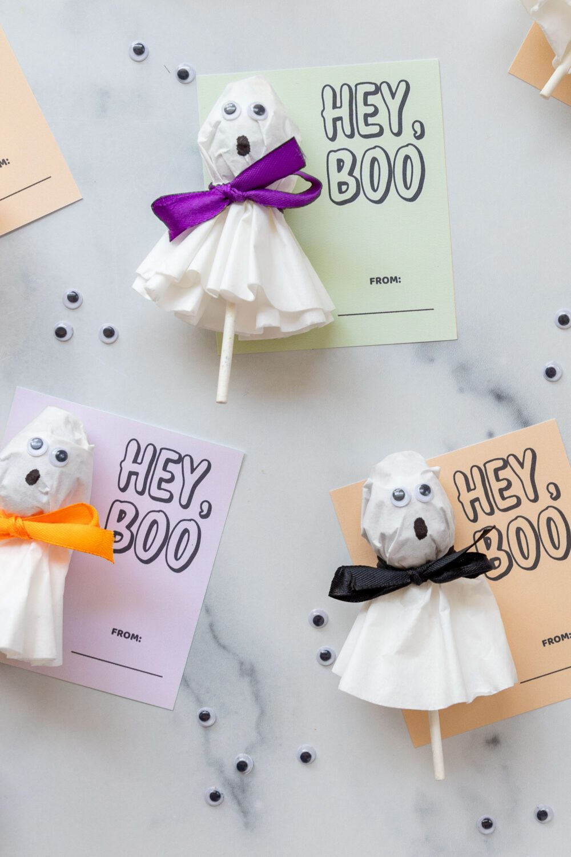 cute halloween printable with ghost lollipop